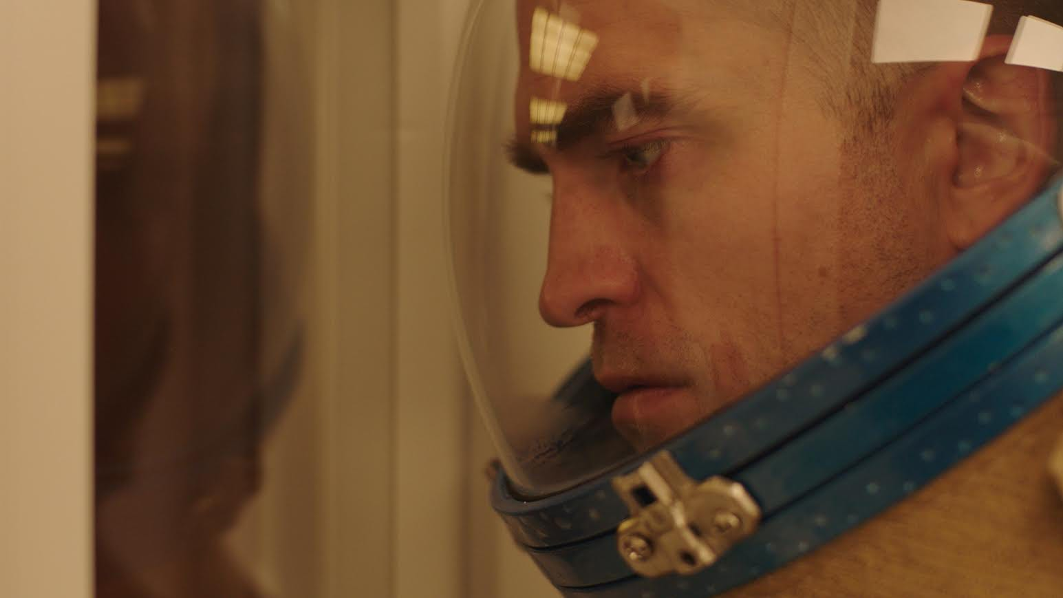 Robert Pattinson is an abstinent astronaut (and sings!) in space sex movie 'High Life'