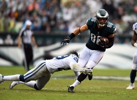 The Eagles' Zach Ertz leads all tight ends with 31 receptions and is third in fantasy points through four weeks.