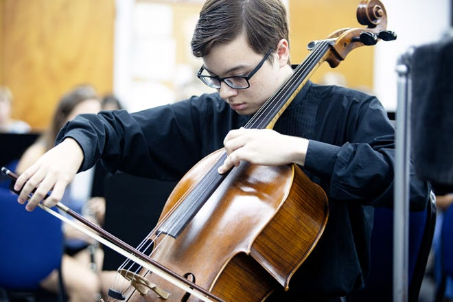 """Sixteen-year-old Isaac Moorman is featured soloist in Central Florida Winds' """"The British Are Coming"""" concert Sunday, Oct. 14."""