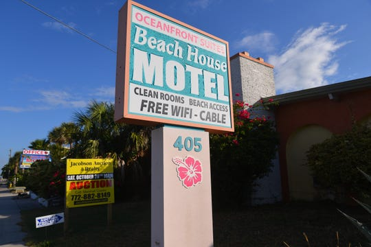 Beach House Motel goes up for auction on Oct. 20.