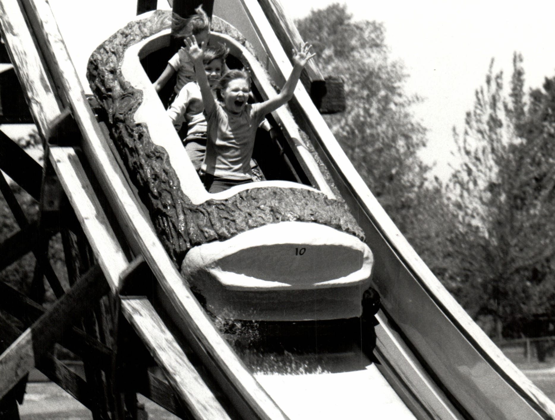 The log flume ride was one of the most popular rides on Boblo.