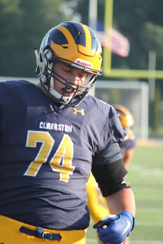 Garrett Dellinger and fellow 2021 teammate Rocco Spindler make Clarkston football formidable