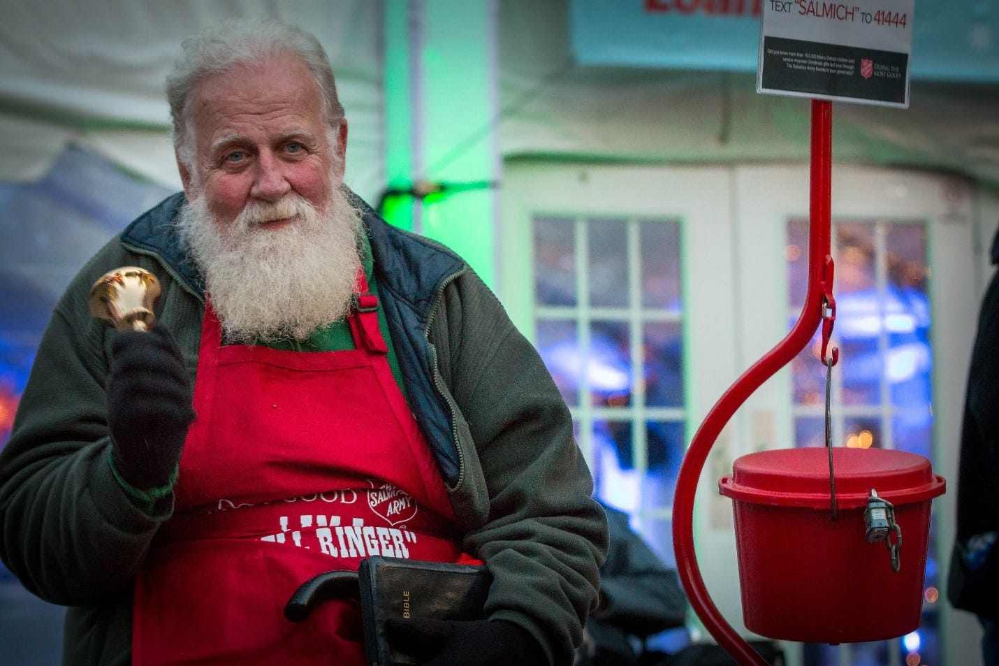 Metro Detroit's Salvation Army struggles to fill kettles