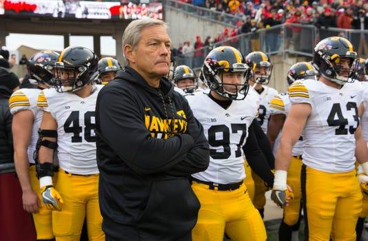 Ncaa Football Iowa At Wisconsin