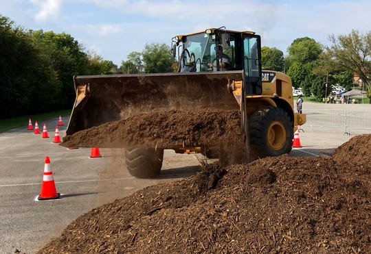 A front loader competition was part of the Equipment Rodeo held by the City of Knoxville public service department Wednesday.