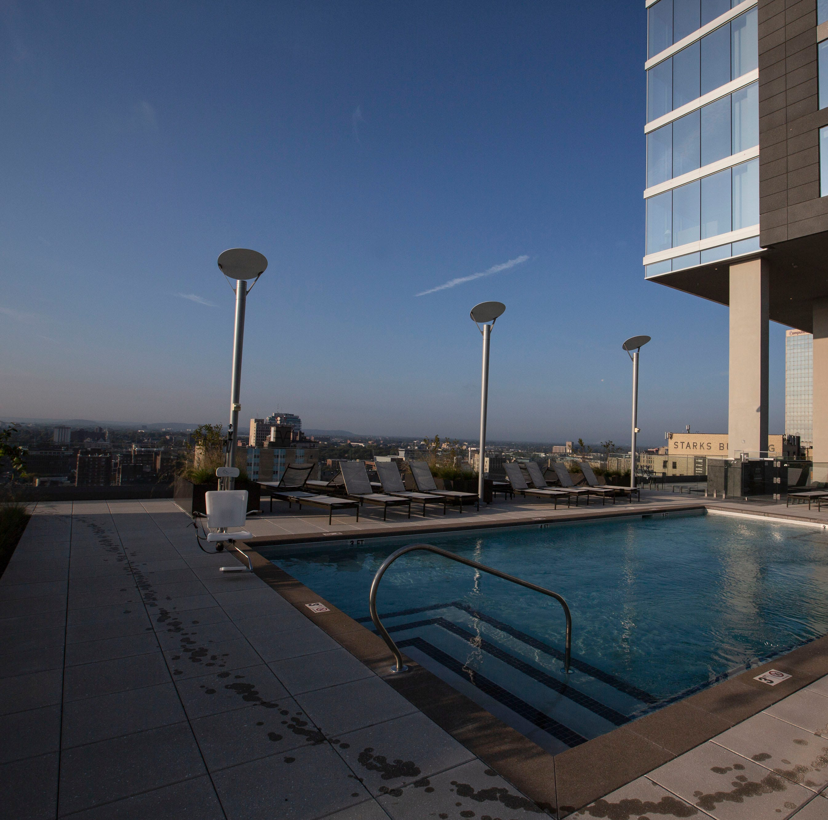 4 things you can do at the Omni Louisville Hotel without being a guest