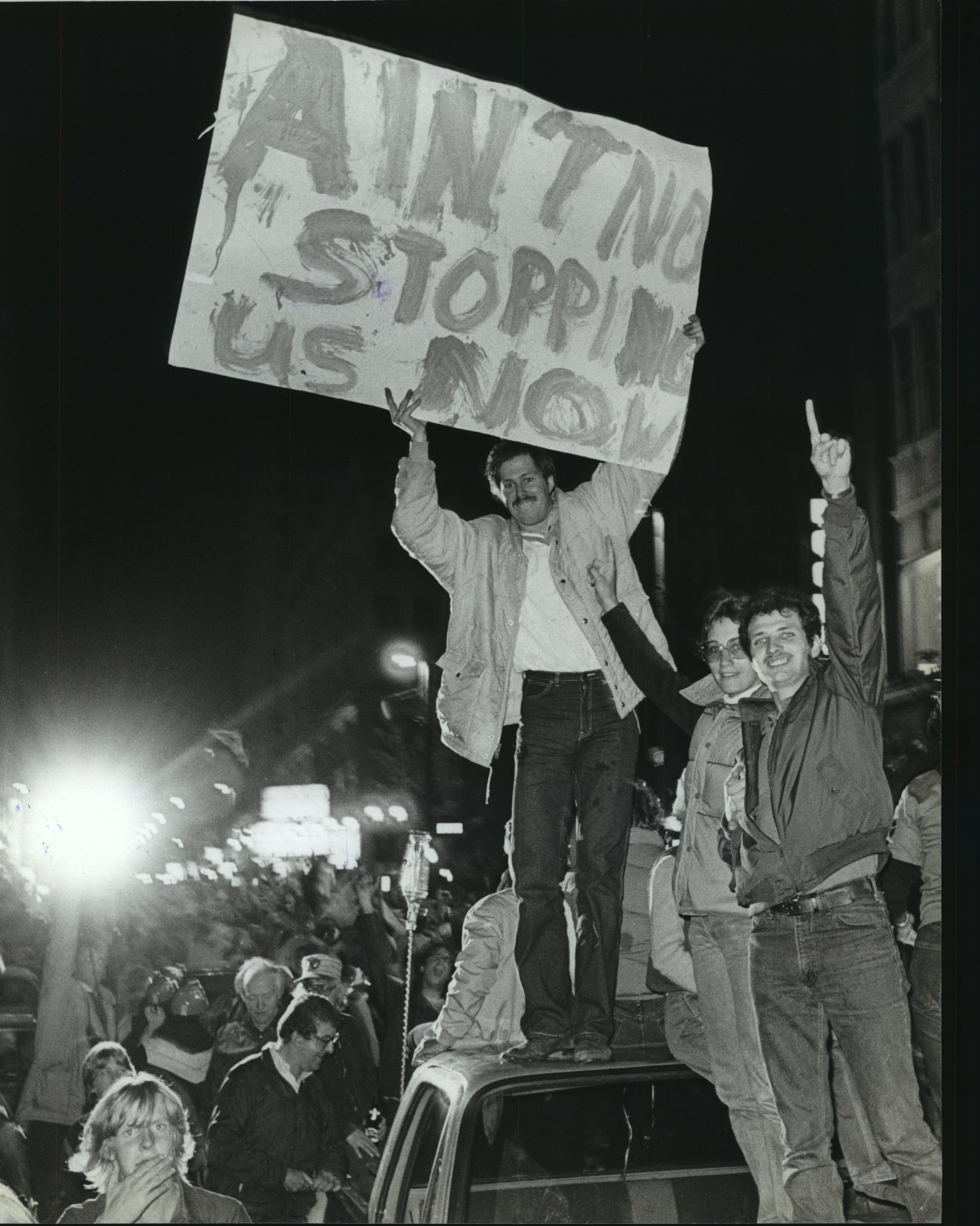 Fans show their Brewer fever on Wisconsin Avenue after the Brewers won the American League title on Oct. 10, 1982.