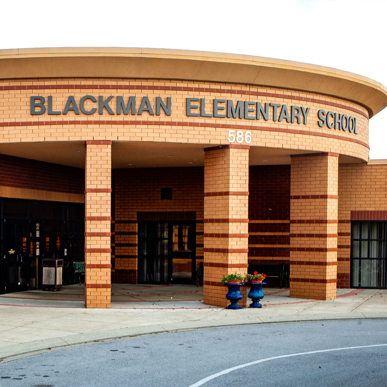 Blackman Elementary School principal under investigation over dismissal procedure during manhunt