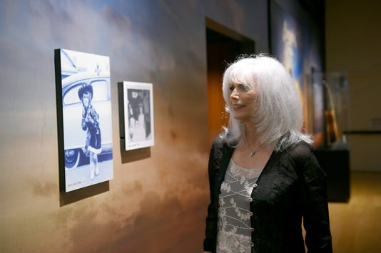 Country Music Hall Of Fame And Museum Debuts Emmylou Harris Exhibition