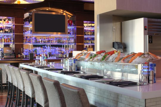 Oceanaire's raw bar