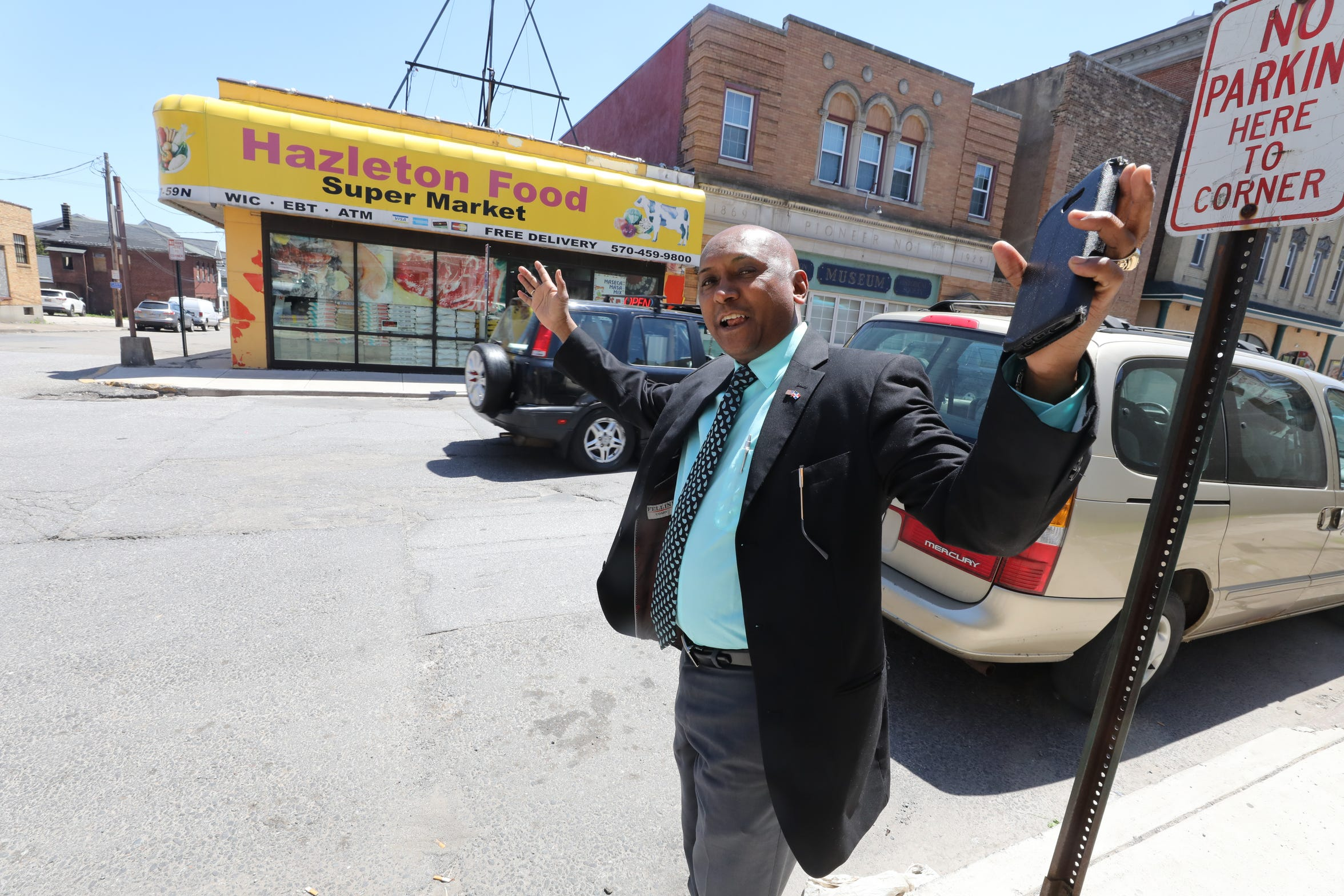 Victor Perez quit his job in Hazleton's city housing office after he was told to speak only English with Spanish-speaking residents. He has returned to his previous profession: accounting.
