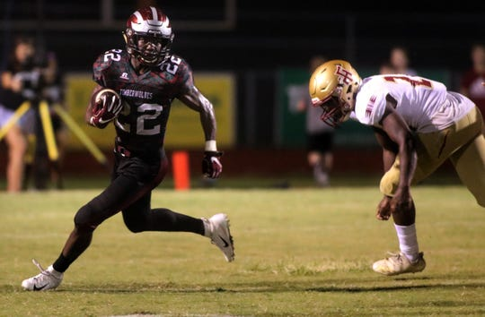 Chiles' Lacorey Levens returns a kick during a game against Florida High earlier this year.