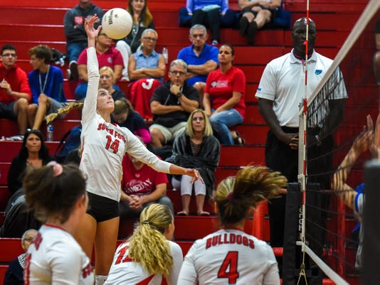 Tcn 1002 Prep Volleyball 01