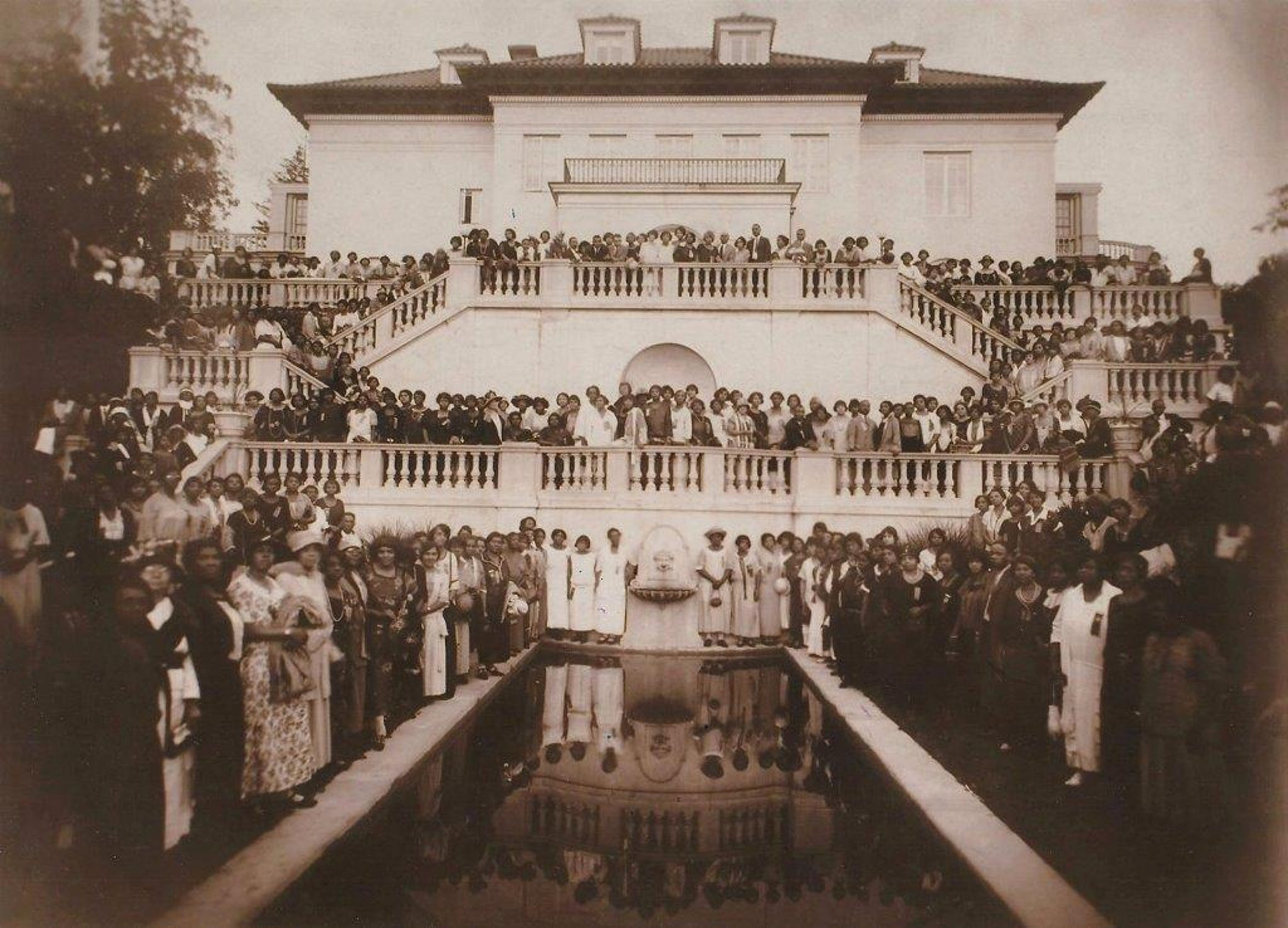 1924 Walker Beauty Culturists Convention at Villa Lewaro