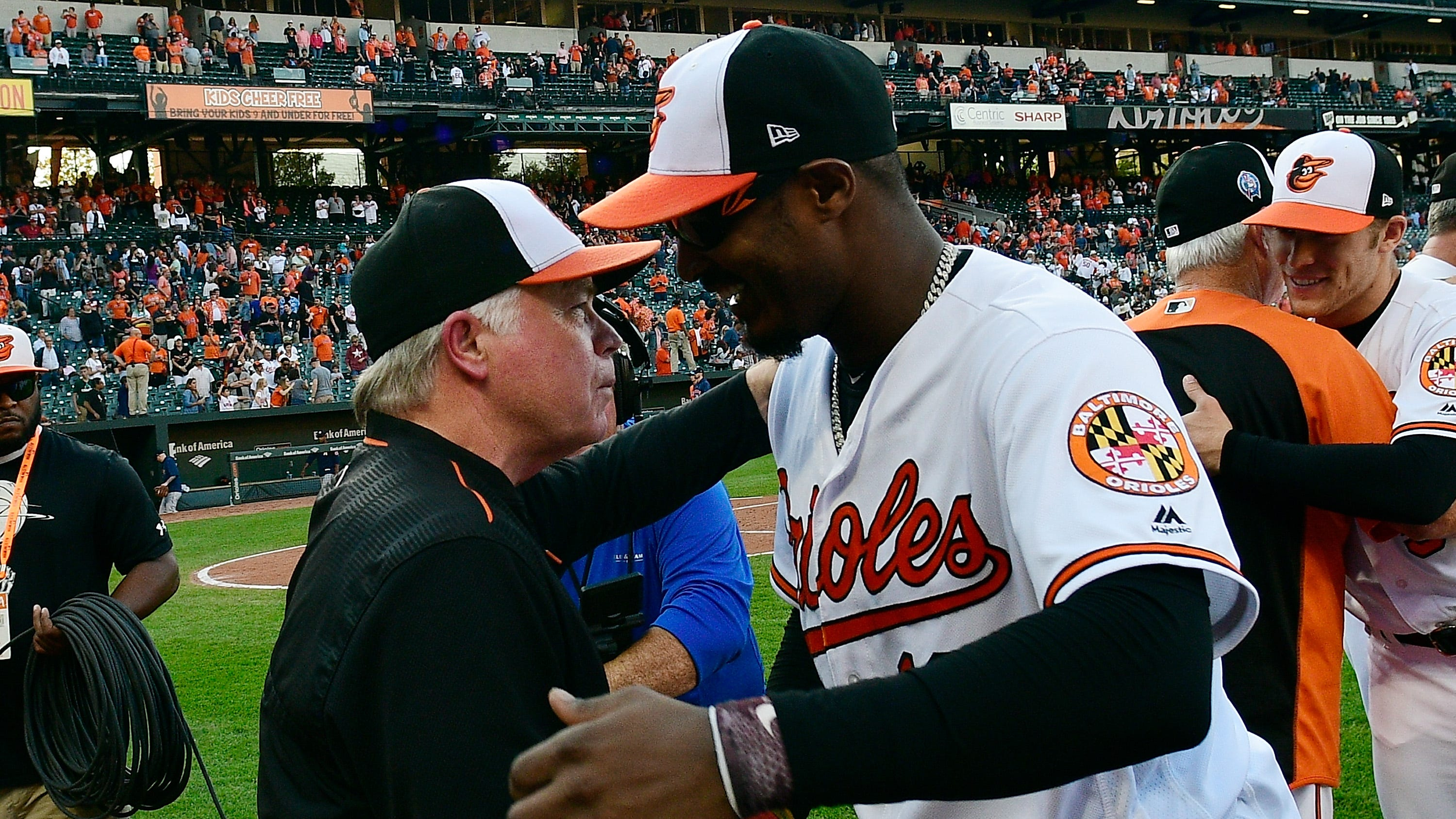 Cdf54ddf-e3f3-480f-afee-5ba3254a8c9c-usp_mlb__houston_astros_at_baltimore_orioles