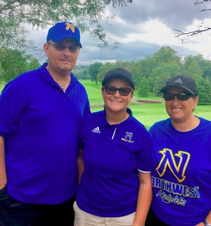 Morgan Hughes with her parents, Rob and Melissa Hughes, at the 2018 SWOC Tournament.