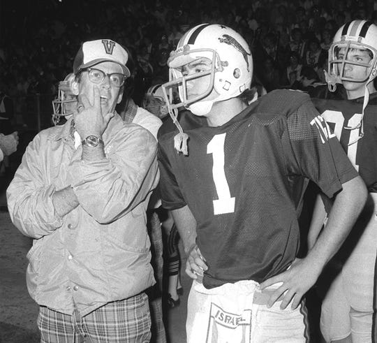 Lee Crawford, left, shown here in a 1977 photo, helped establish West Des Moines Valley as a football power.