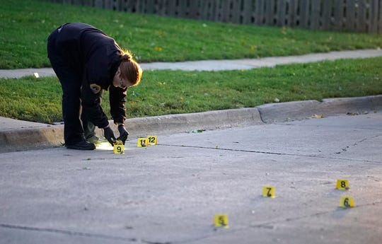 Des Moines police investigate a fatal shooting Thursday, Oct. 4, 2018, at 2411 Welbeck Road on the city's north side.