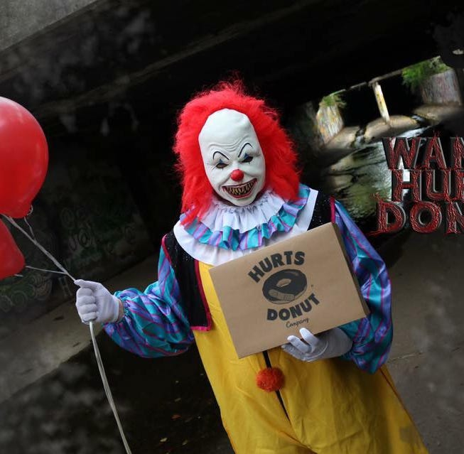 You can send a creepy clown to scare your friends (and deliver doughnuts) in Des Moines. Here's how.