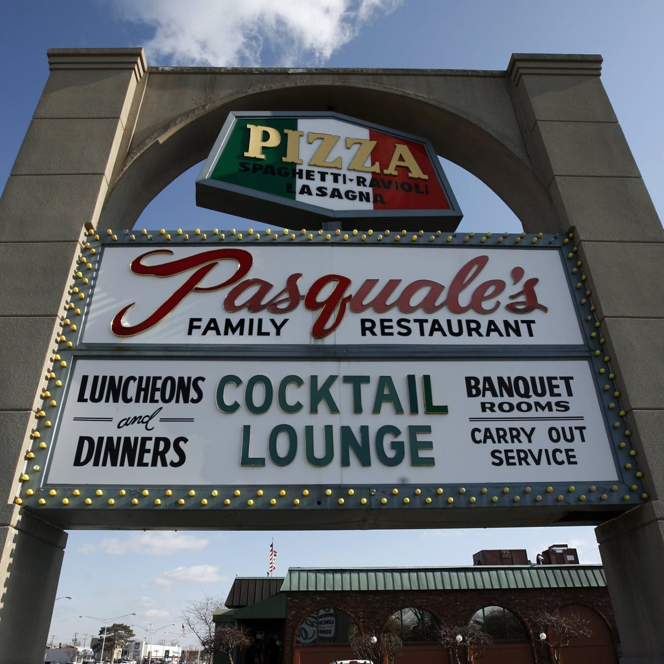Pasquale's pizzeria closing after 65 years in Royal Oak