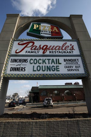 Pasqual's Family Restaurant located at 31555 Woodward, Royal Oak, MI.