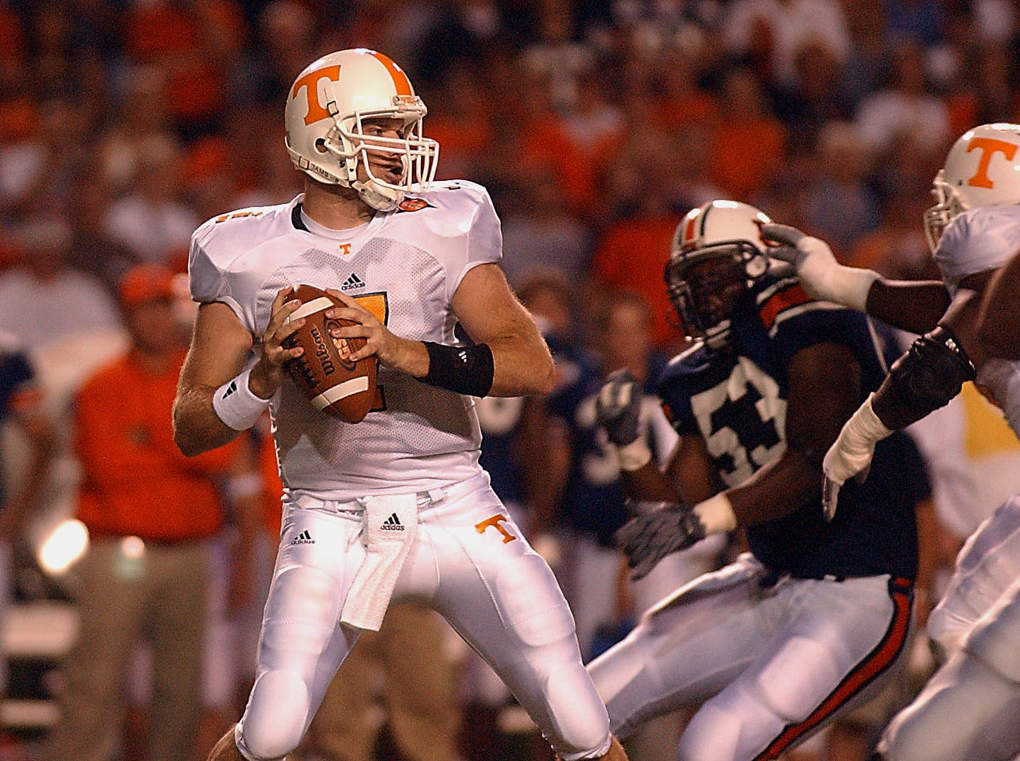 Tennessee quarterback Casey Clausen looks for an open receiver during second half action Saturday night in Auburn, AL in 2003.  Tennessee lost to Auburn 28-21.