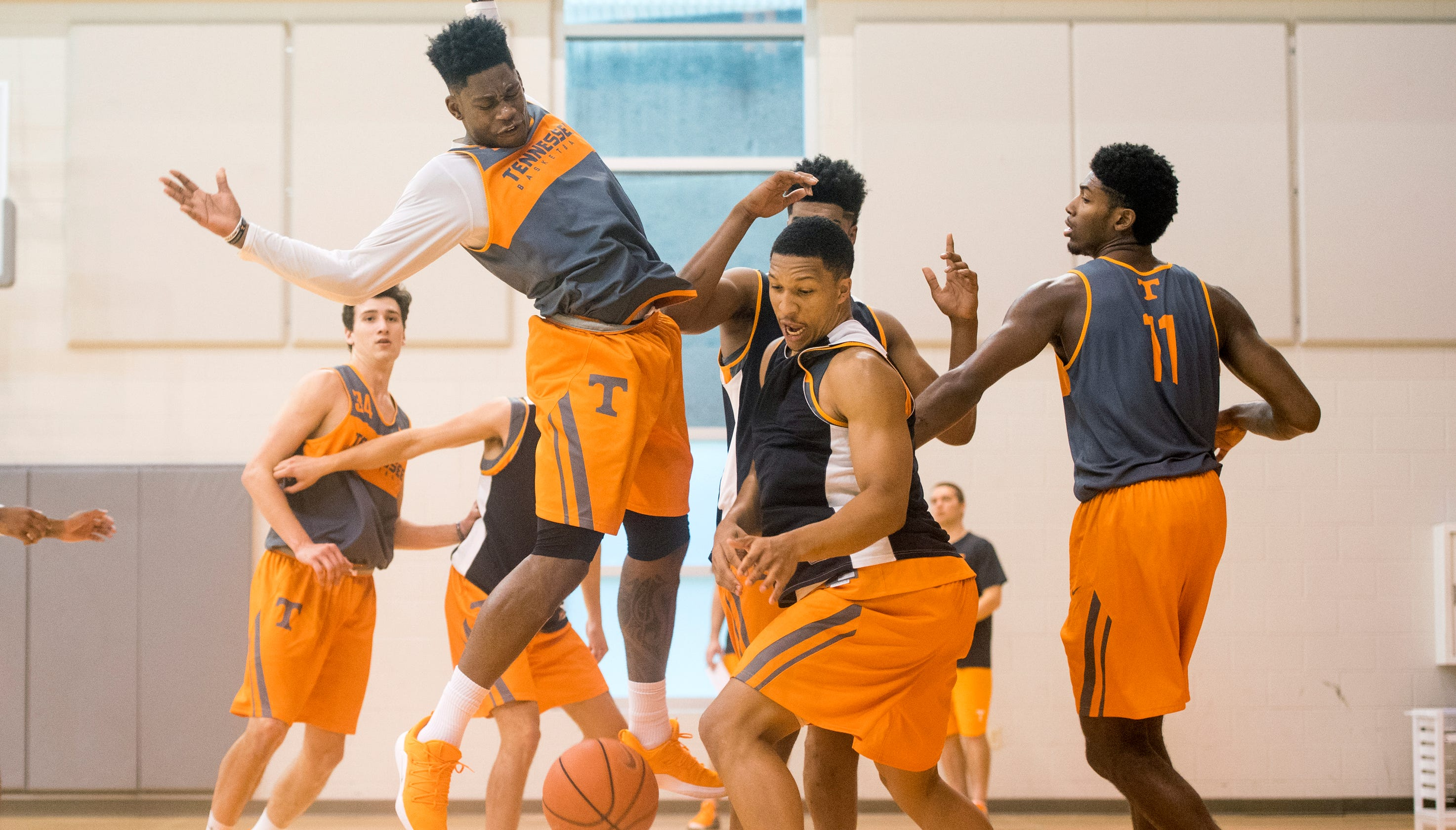 UT Vols basketball 'can't be relaxed'