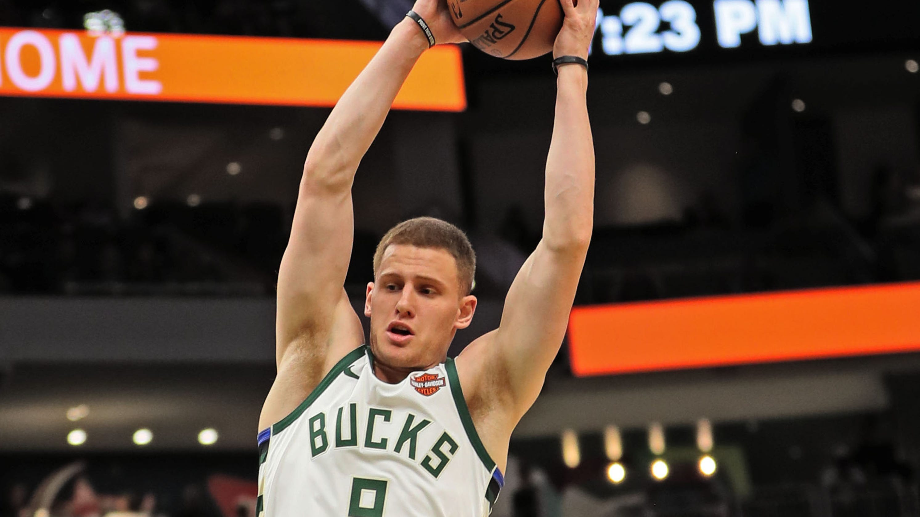 """66d20fcb1aa Sidelined for now, Salesianum's DiVincenzo """"living the dream"""" in NBA"""