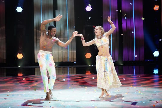 """SO YOU THINK YOU CAN DANCE: TOP 10 TO 8:  Top 10 contestants Magdalena Fialek (R) and Darius Hickman (L) perform a Bollywood routine to """"Badri Ki Dulhania"""" choreographed by Nakul Dev Mahajan on SO YOU THINK YOU CAN DANCE airing Monday, August 13 (8:00-10:00 PM ET live/PT tape-delayed) on FOX. ©2018 FOX Broadcasting Co. Cr: Michael Becker"""