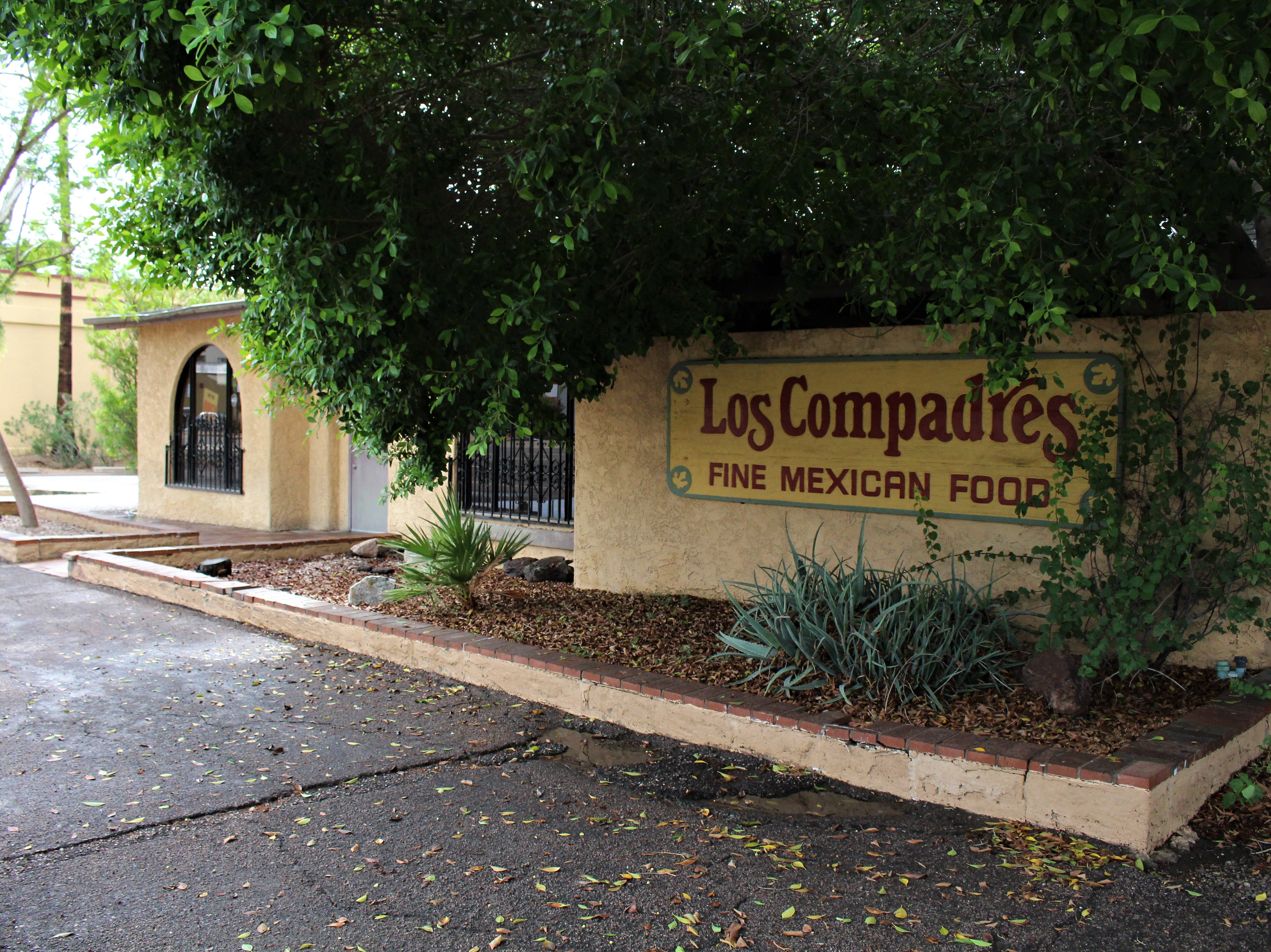 Los Compadres Mexican restaurant, which has been open on Seventh Avenue in the Melrose neighborhood for 60 years, will close before the end of October.