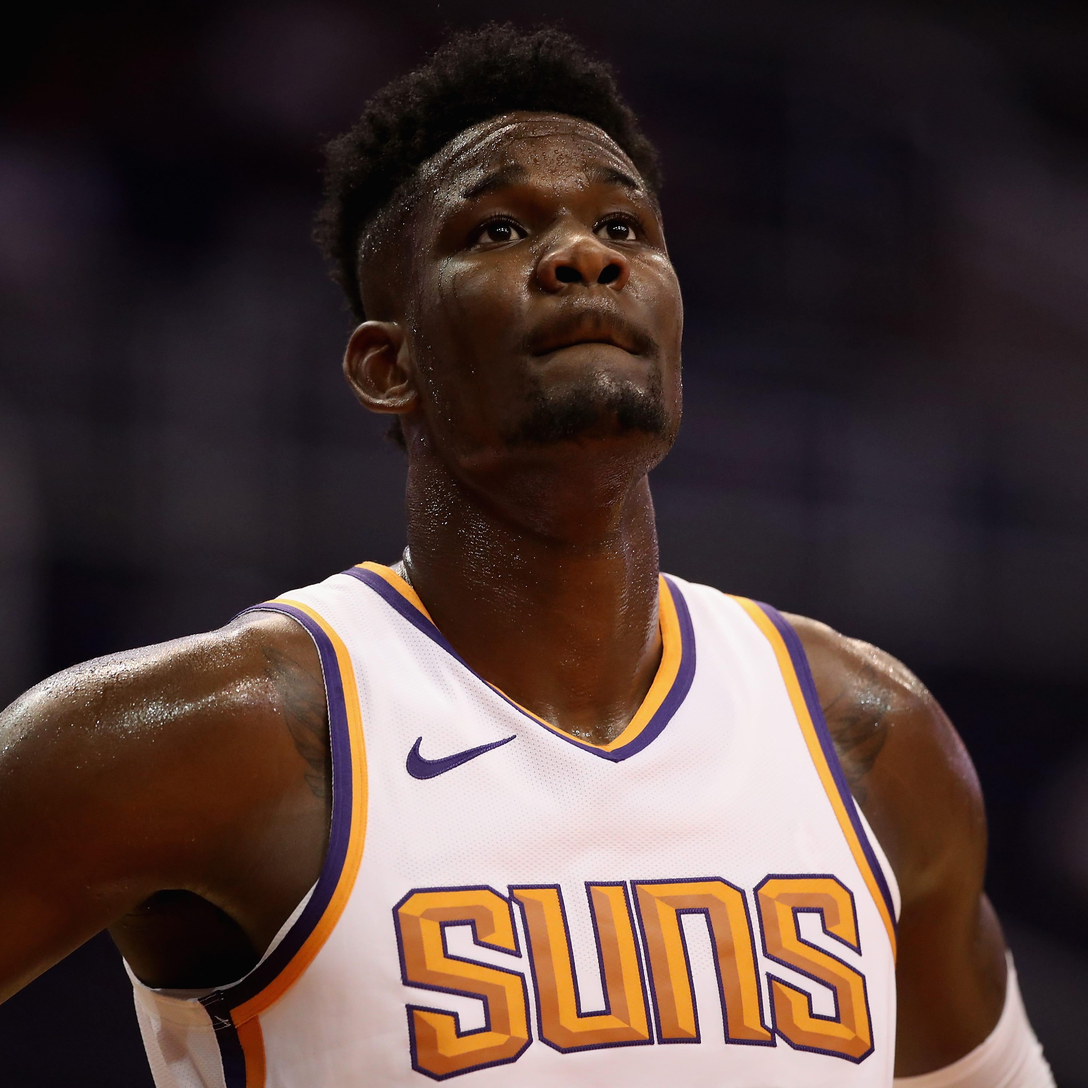 Live updates: Phoenix Suns lead Dallas Mavericks 37-24 after first quarter