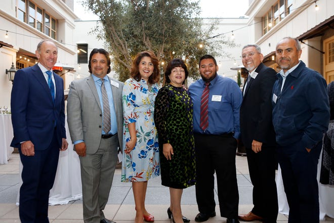 Members of the Siembra Latinos Fund advisory board alongside the Community Foundation for Monterey County President & CEO Dan Baldwin. (From left) Dan Baldwin, Chris Barrera, Ida Lopez Chan (Vice Chair), Blanca Zarazua (Chair), Daniel Rodriguez, Jose Luis Alvarado Ph.D. and Raul Rodriguez. Not pictured, Elsa Mendoza Jimenez, Erica Padilla-Chavez, Frank Ramirez.