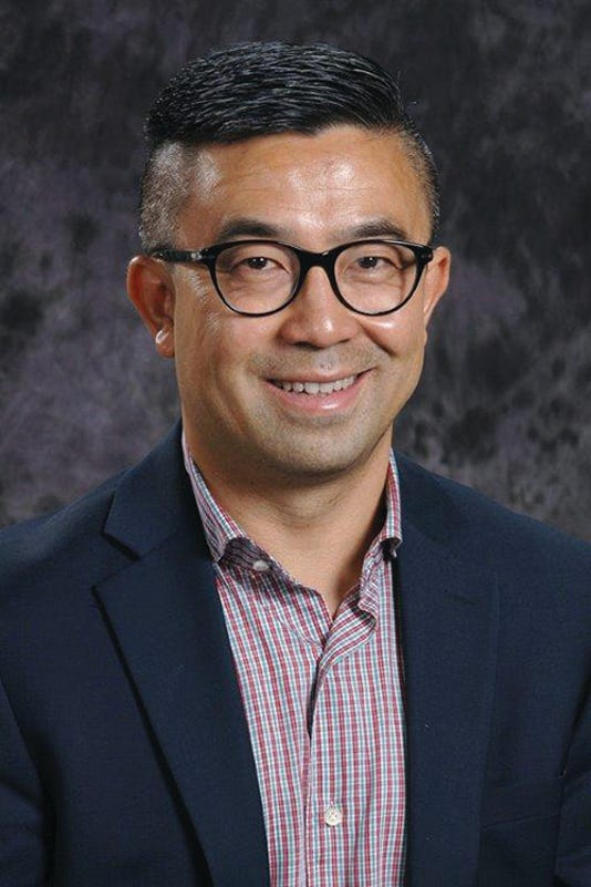 Dr Sun 2017 Headshot
