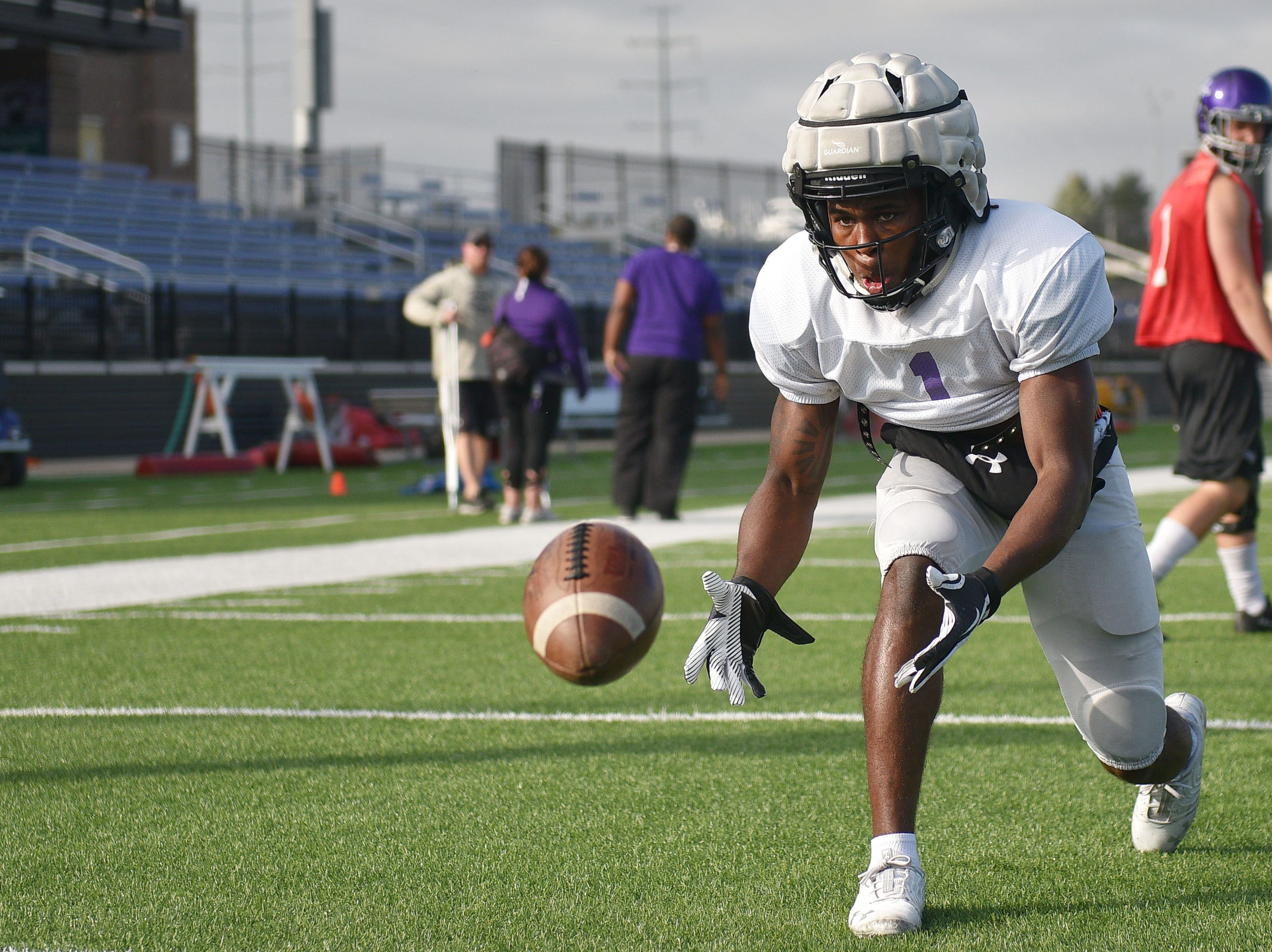 USF's Michael Maxwell during practice Wednesday, Oct. 3, at Bob Young field.