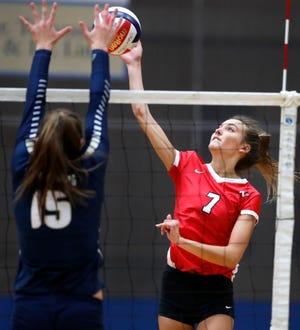 Neenah's Addison Barnes tries to send the ball past Appleton North's Taylor Vanden Berg in Appleton on Thursday. Danny Damiani/USA TODAY NETWORK-Wisconsin