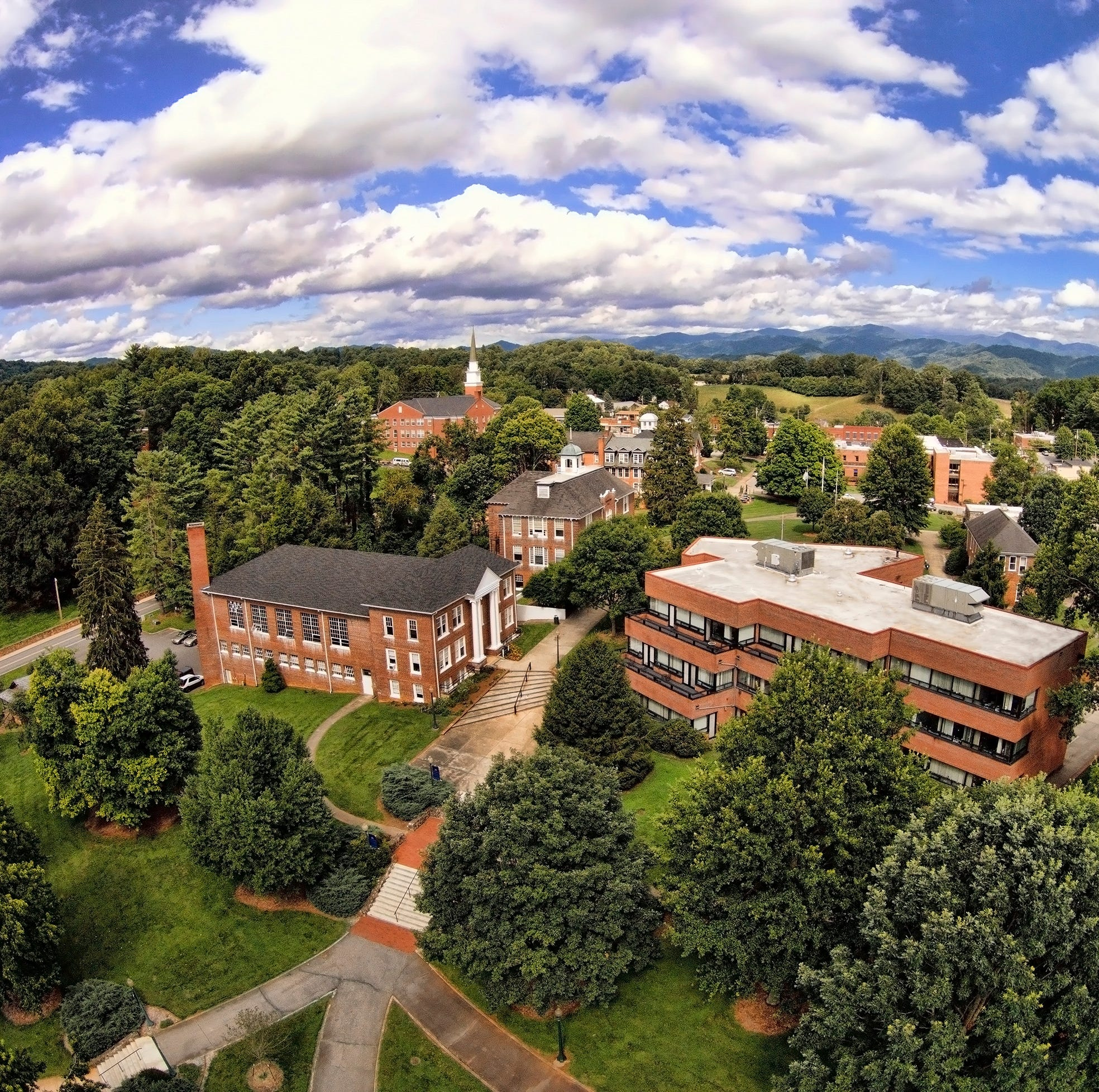 Mars Hill University works to limit viral outbreak