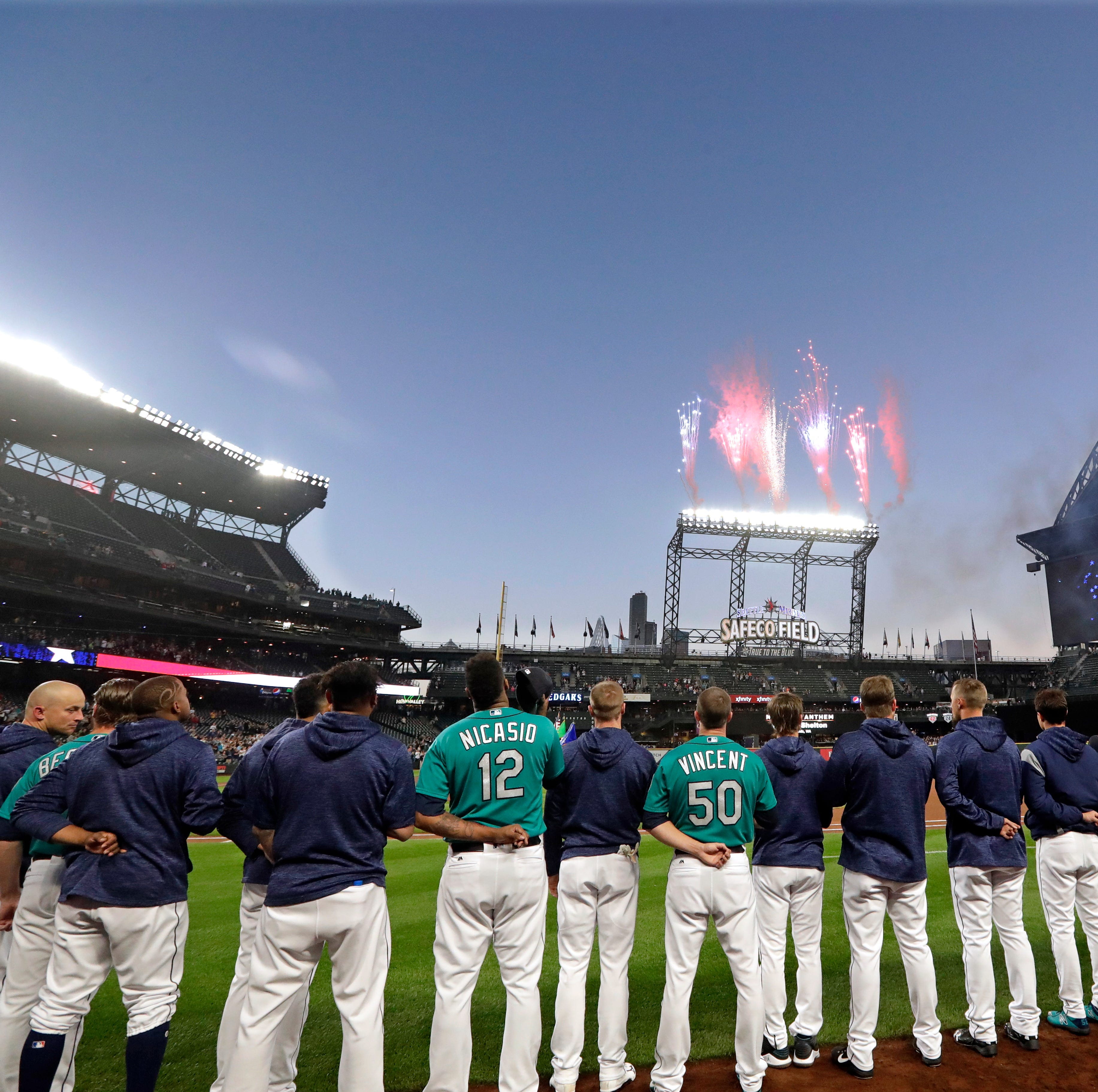 Mariners ponder the cause and effect of team chemistry after second-half slide