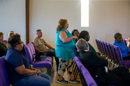 Sara Saldive tells council members they should have been more proactive with the community in informing them about water issues during a meeting with Corpus Christi residents and city council members and candidates to figure out the cityÕs water bill issues across Corpus Christi, and in the Hillcrest neighborhood, at Brooks AME Worship Center on Thursday, October 4, 2018.