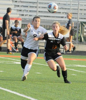 Waverly girls soccer's Loren Moran won the female athlete of the week with 1,447 votes.
