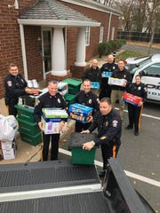 Middlesex Borough Police Department IS once again team with participating businesses and civic organizations and local youth volunteers in support of the Middlesex County Food Organization and Outreach Distribution Service's (MCFOODS) annual food drive.
