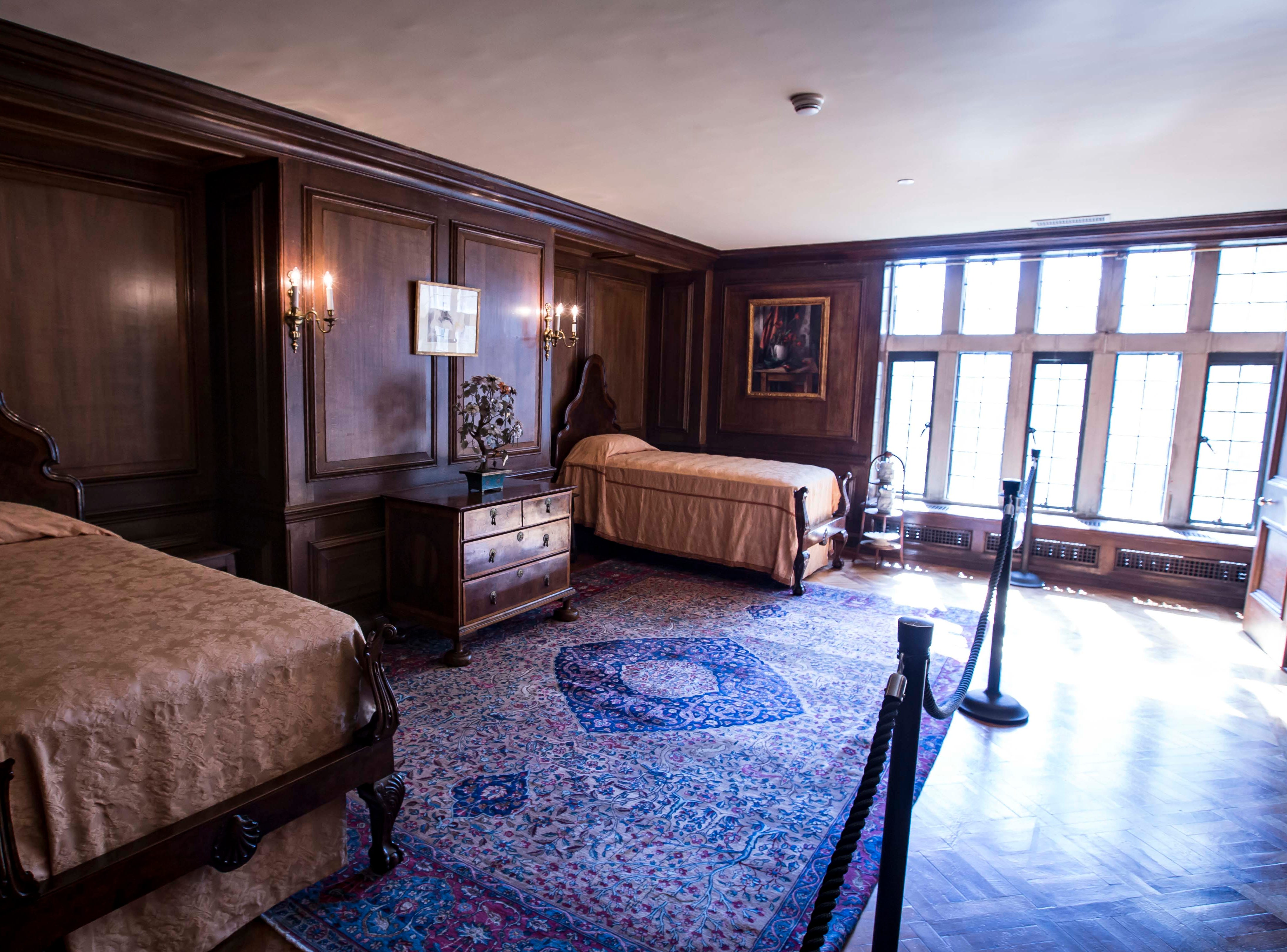 Queen Anne Bedroom where jazz trumpeter and