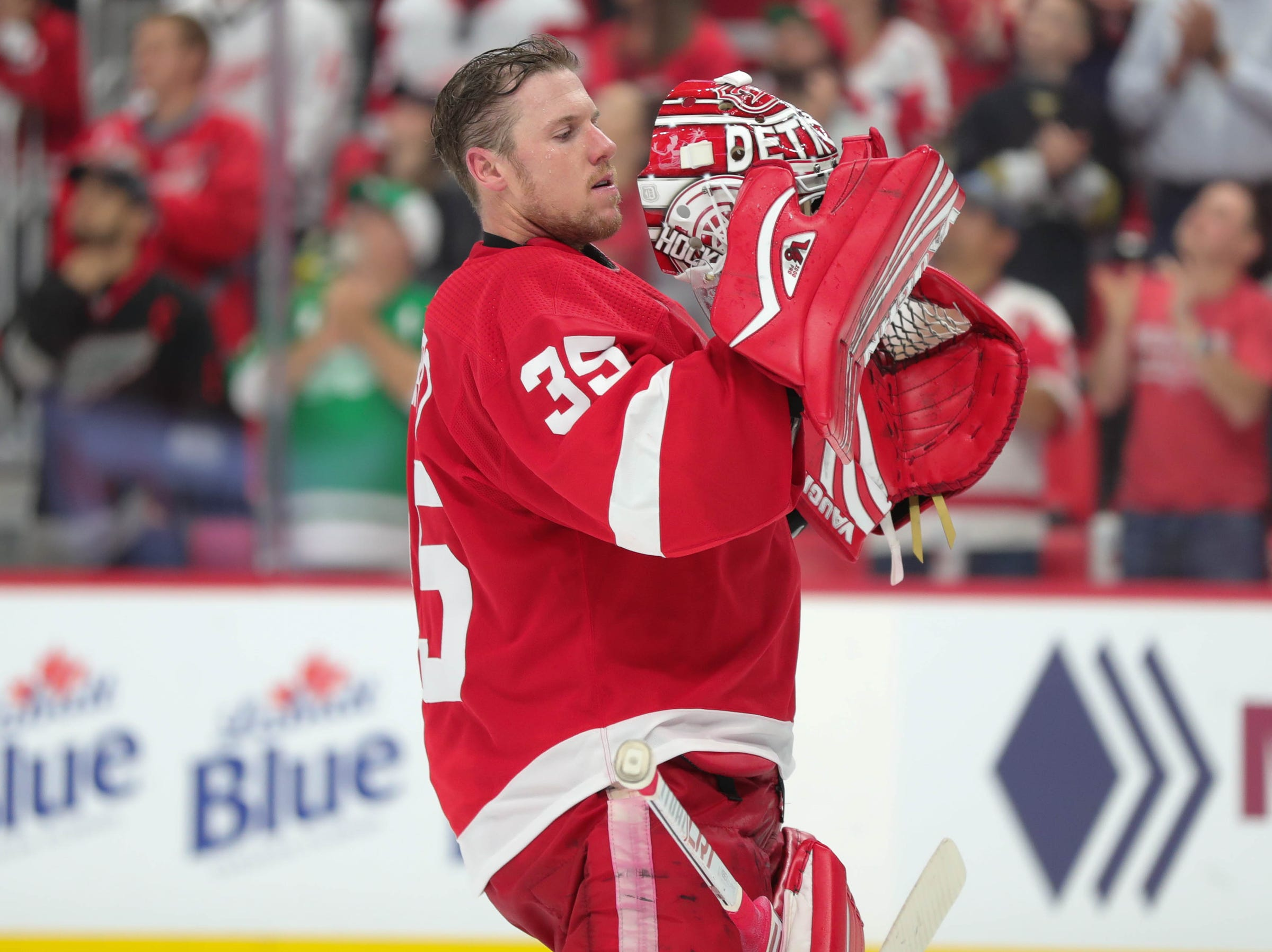 Red Wings goalie Jimmy Howard in goal during the second period of the Wings' 3-2 overtime loss to the Blue Jackets on Thursday, Oct. 4, 2018, at Little Caesars Arena.