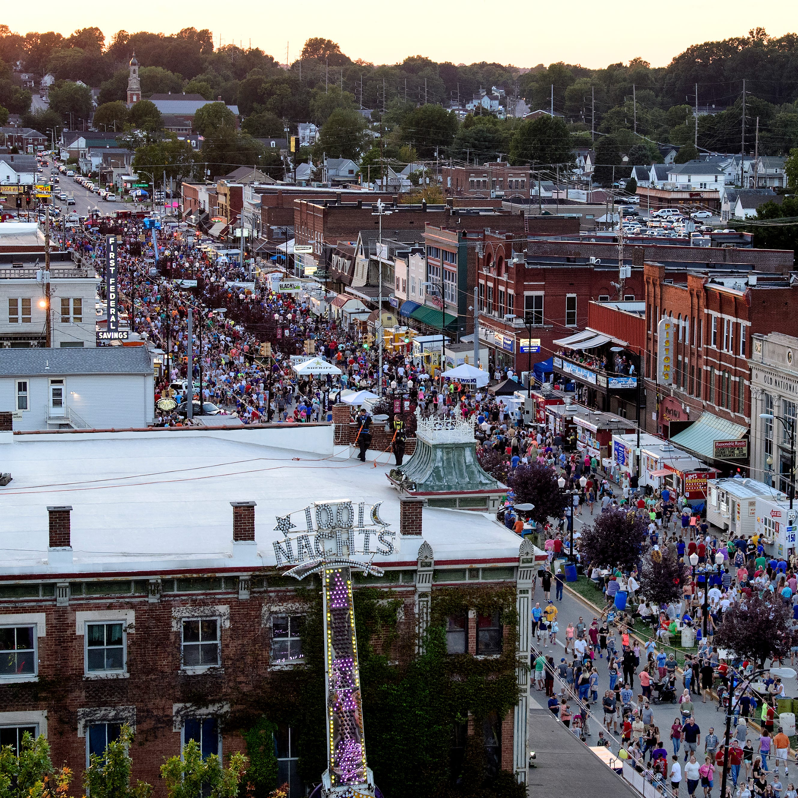 Zombies, bacon and record heat: Eight scenes from the Evansville Fall Festival