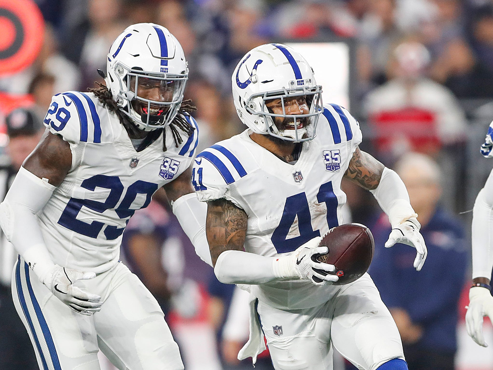 Marcus Johnson, Matthias Farley, Chester Rogers sign tenders with Colts