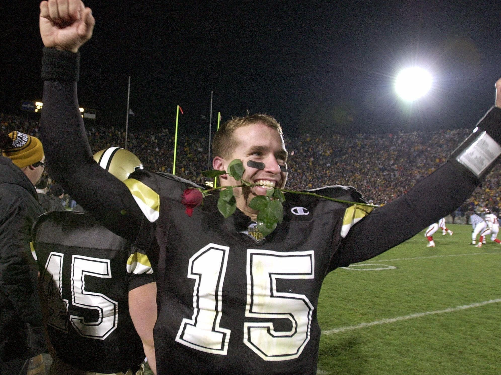 2000: Brees clenched a rose in his teeth on Nov. 18 as he celebrated a 43-14 win over Indiana. The victory earned Purdue an invitation to the Rose Bowl.