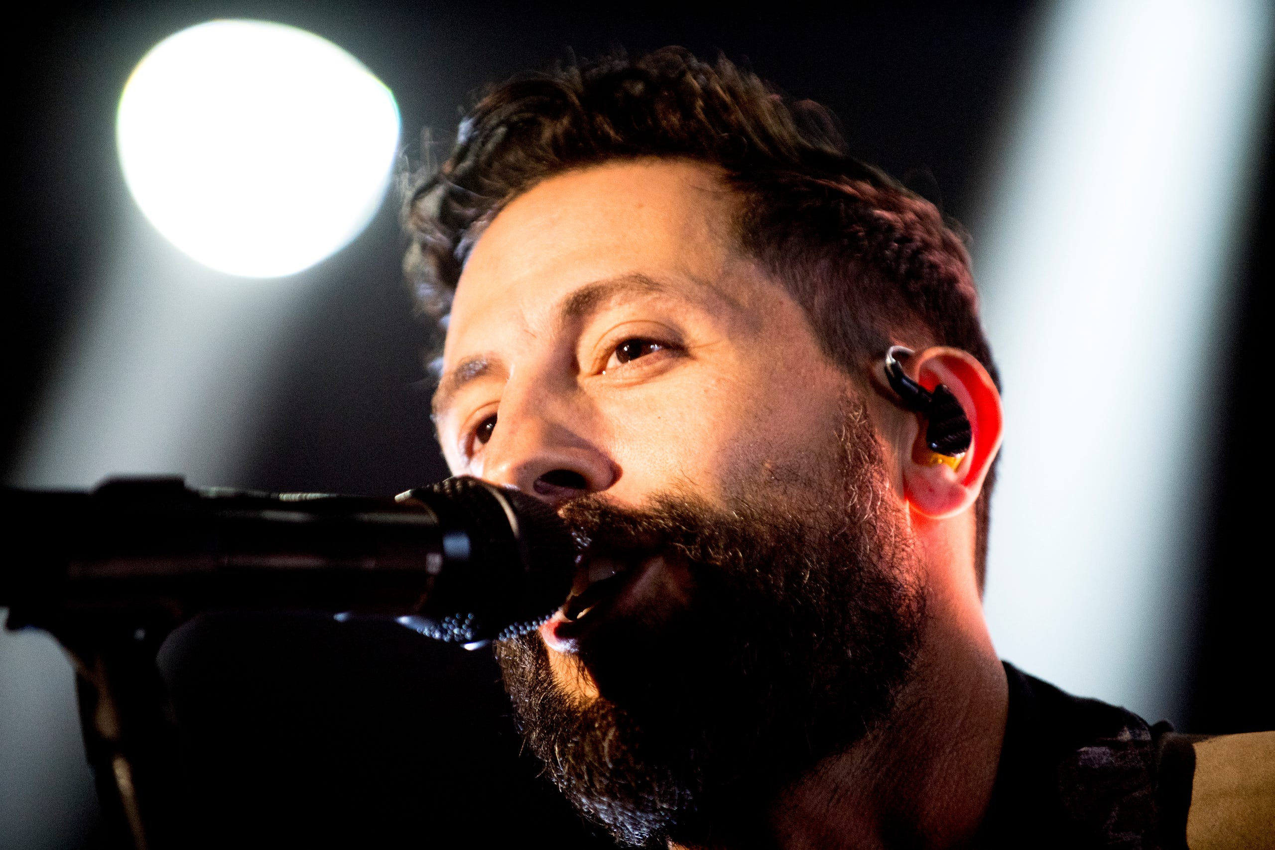 Old Dominion performs in Knoxville