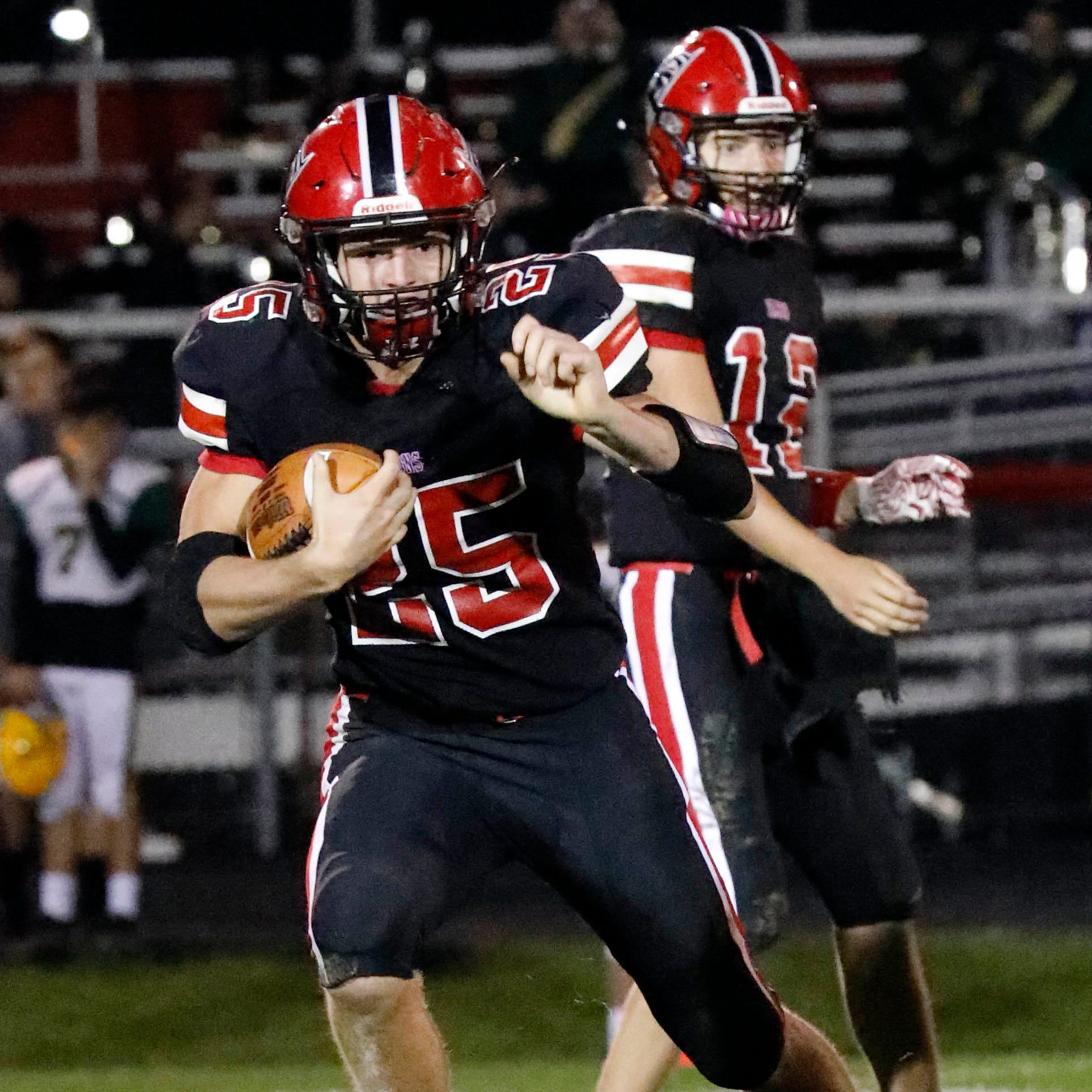 HS Football Roundup: Falcons' Wolfe runs wild, rushing for 355 yards, five TDs
