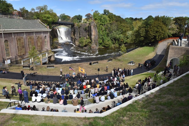 The new stone amphitheater is the centerpiece of a $3.2 million renovation of the Great Falls National Park's overlook area.