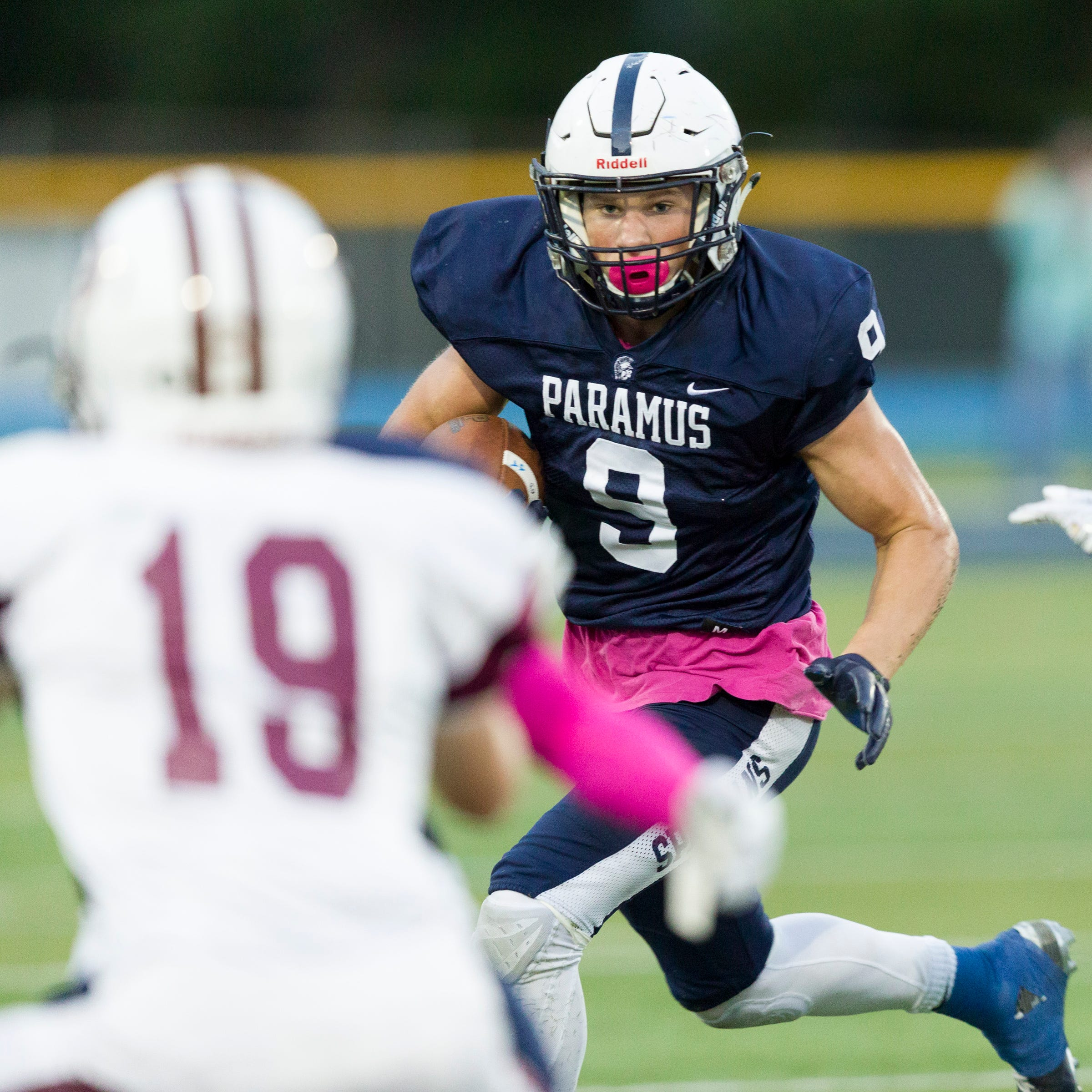 Paramus football's undefeated season rolls on with win at River Dell