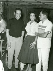 Cantinflas, Elizabeth Taylor and Mike Todd at the Racquet Club c. 195.